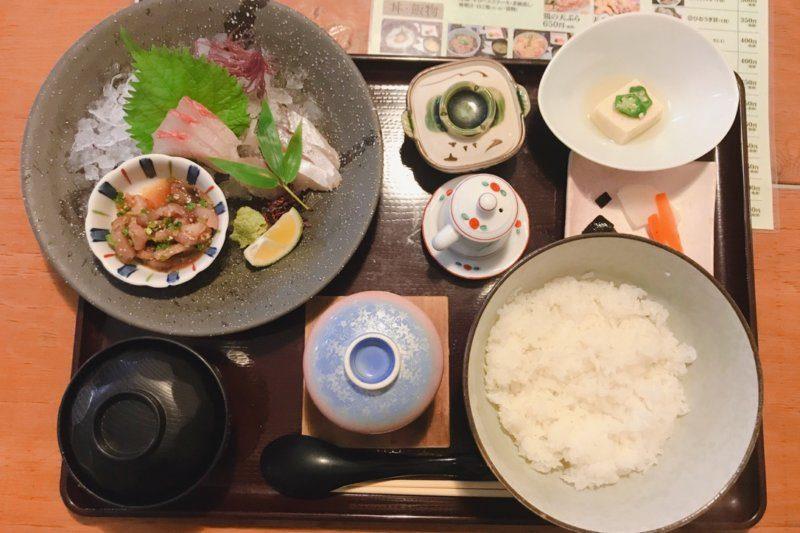 【臼杵みなと市場】勝手丼(海鮮丼)