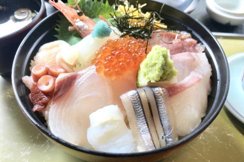 海鮮 かわ村の海鮮丼