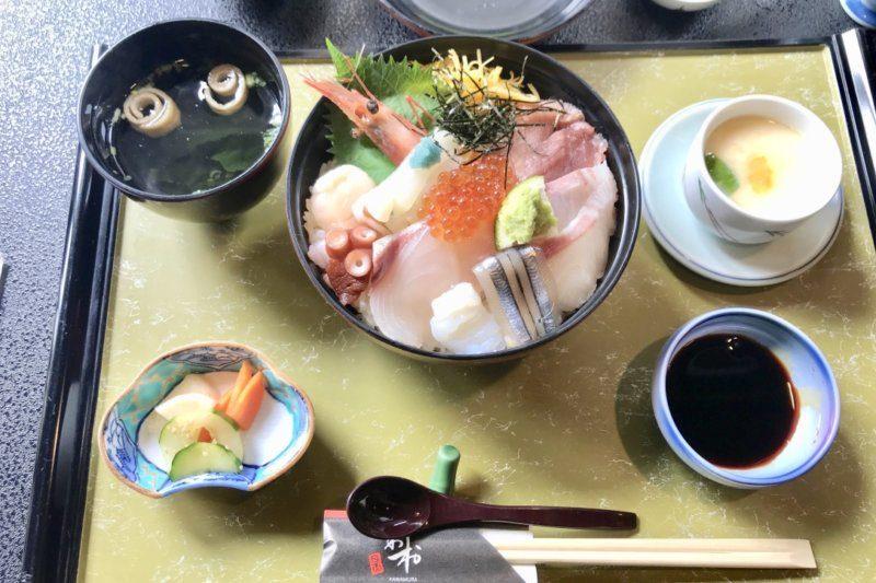 海鮮 かわ村で「海鮮丼」